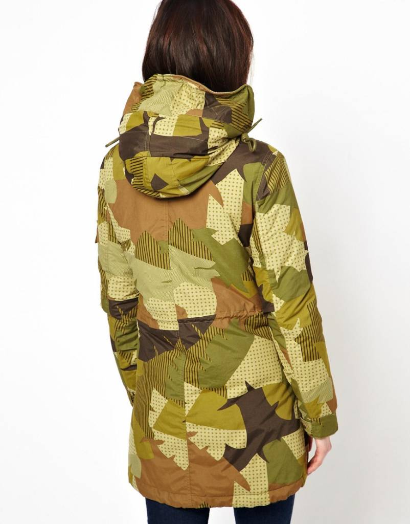 Parka camouflage print