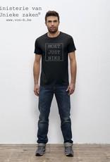 Departement Krijg de Kleren Moet Just Niks T-shirt Man zwart