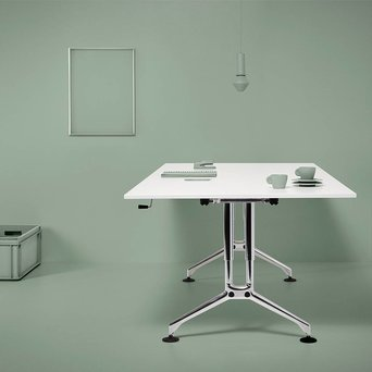 Vitra Refurbished Vitra Ad Hoc desk | Crank adjustment