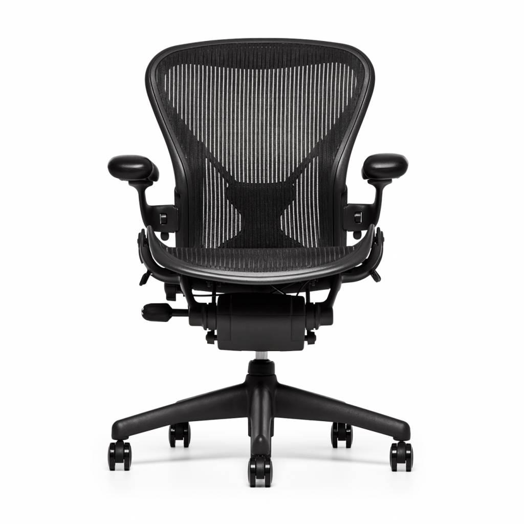 refurbished herman miller aeron bureaustoel graphite workbrands. Black Bedroom Furniture Sets. Home Design Ideas