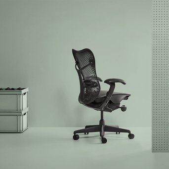 Herman Miller Refurbished Herman Miller Mirra | Graphite