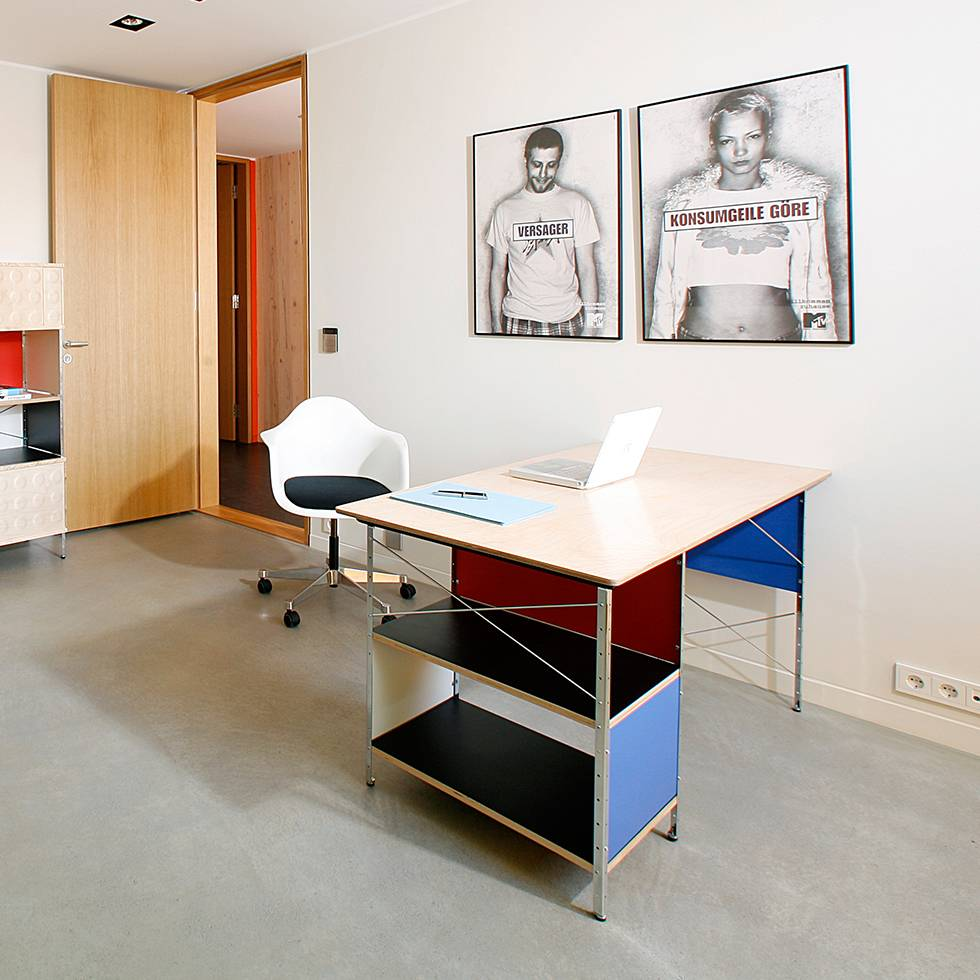 Image May Differ From Actual See All Images Article Description The Eames Desk Unit