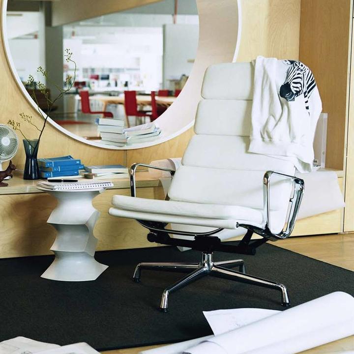 Vitra Soft Pad Chair EA 222
