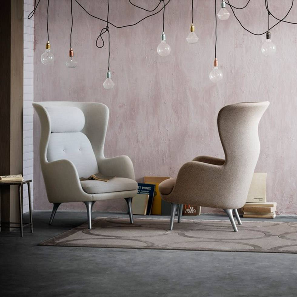 fritz hansen fritz hansen ro lounge chair workbrands. Black Bedroom Furniture Sets. Home Design Ideas