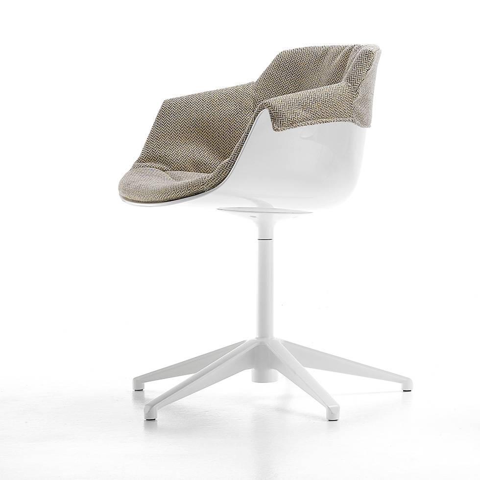 mdf italia mdf italia flow slim padded xl stervoet. Black Bedroom Furniture Sets. Home Design Ideas
