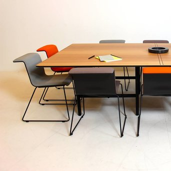 Bulo Bulo Dan | Meeting table | Individual