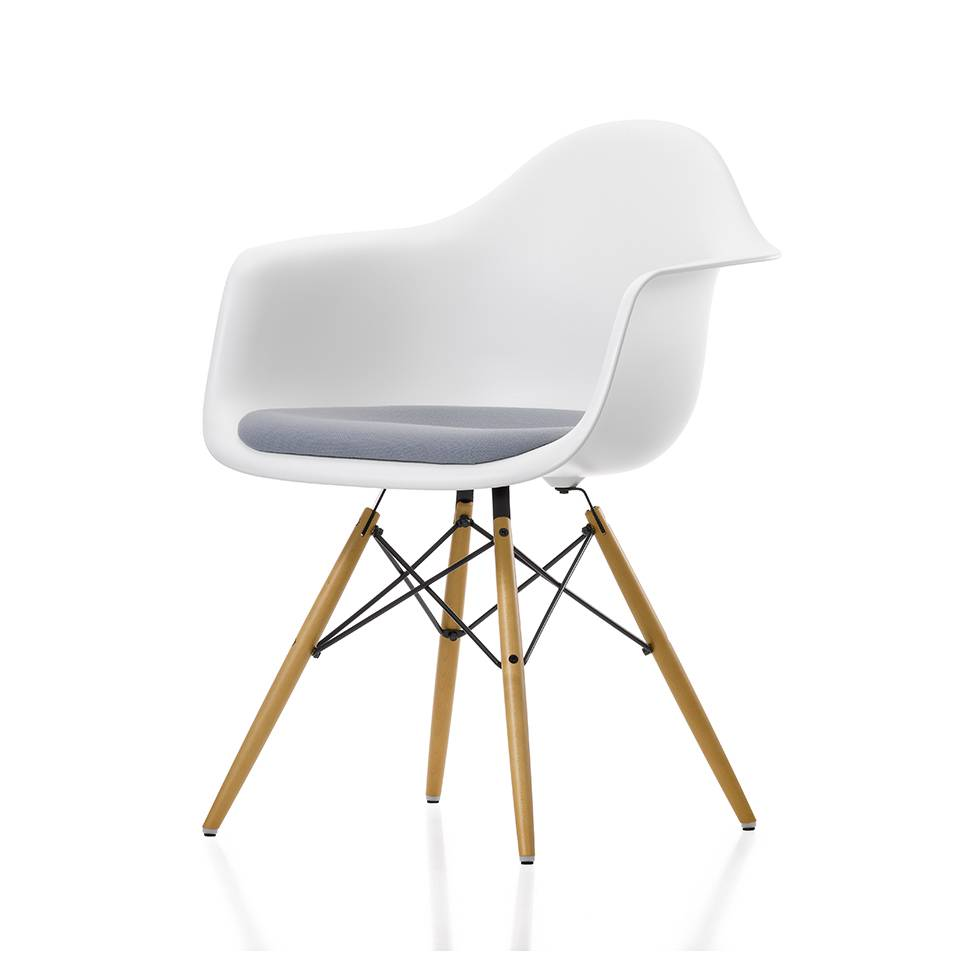 vitra vitra eames plastic armchair daw seat upholstery workbrands. Black Bedroom Furniture Sets. Home Design Ideas