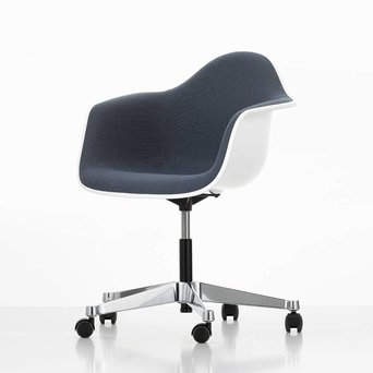 Vitra Vitra Eames Plastic Armchair PACC | With full upholstery