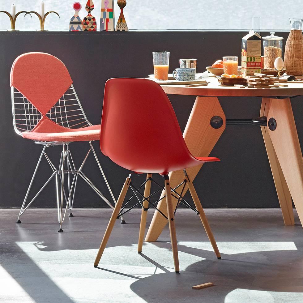 vitra eames plastic side chair dsw stoel workbrands. Black Bedroom Furniture Sets. Home Design Ideas