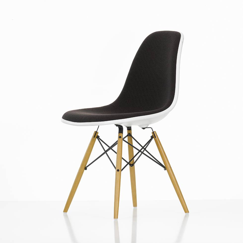 vitra eames plastic side chair dsw volledig bekleed. Black Bedroom Furniture Sets. Home Design Ideas