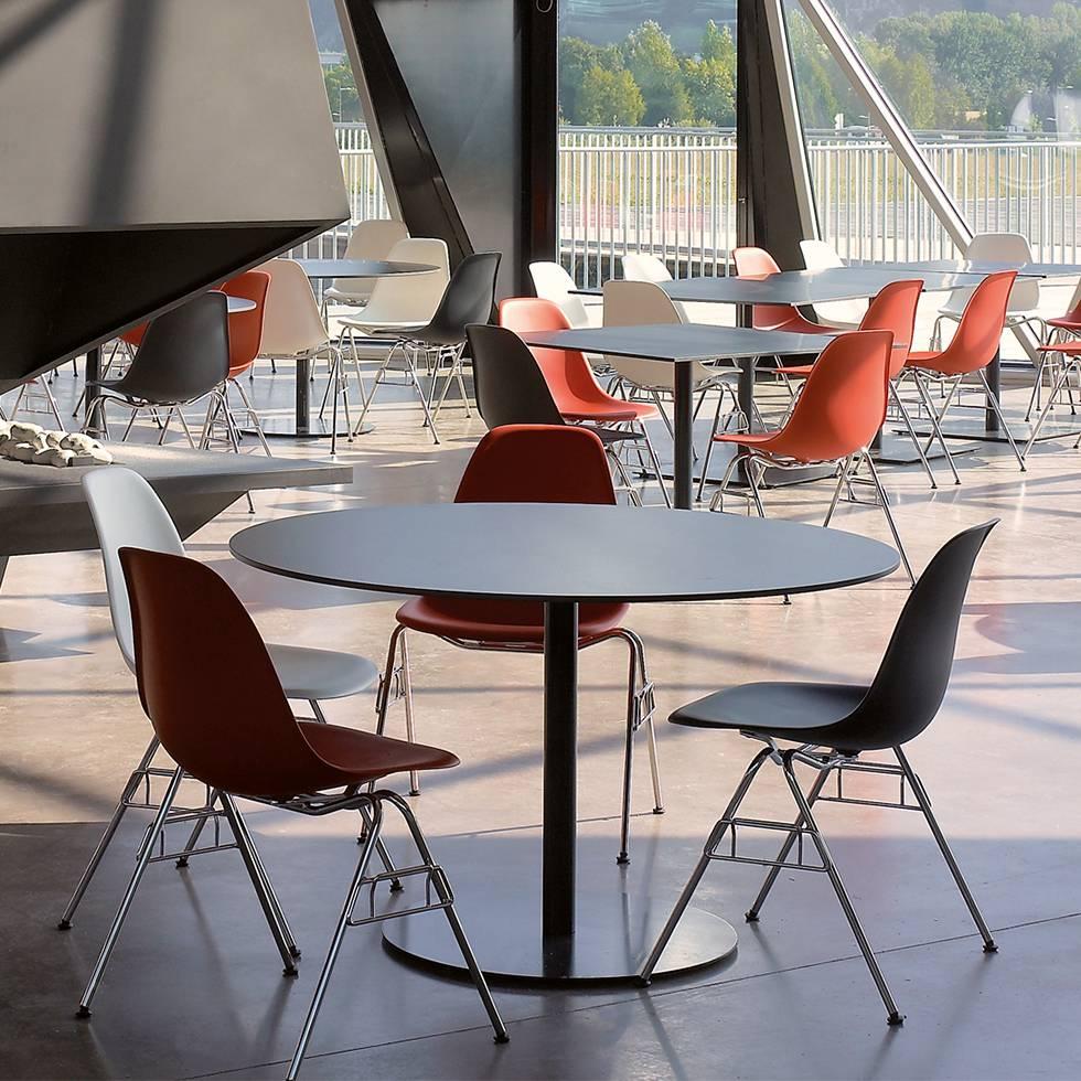 vitra vitra eames plastic side chair dss n workbrands. Black Bedroom Furniture Sets. Home Design Ideas