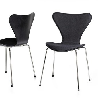 Fritz Hansen Fritz Hansen Series 7 | 3107 | Front upholstery | Coloured ash