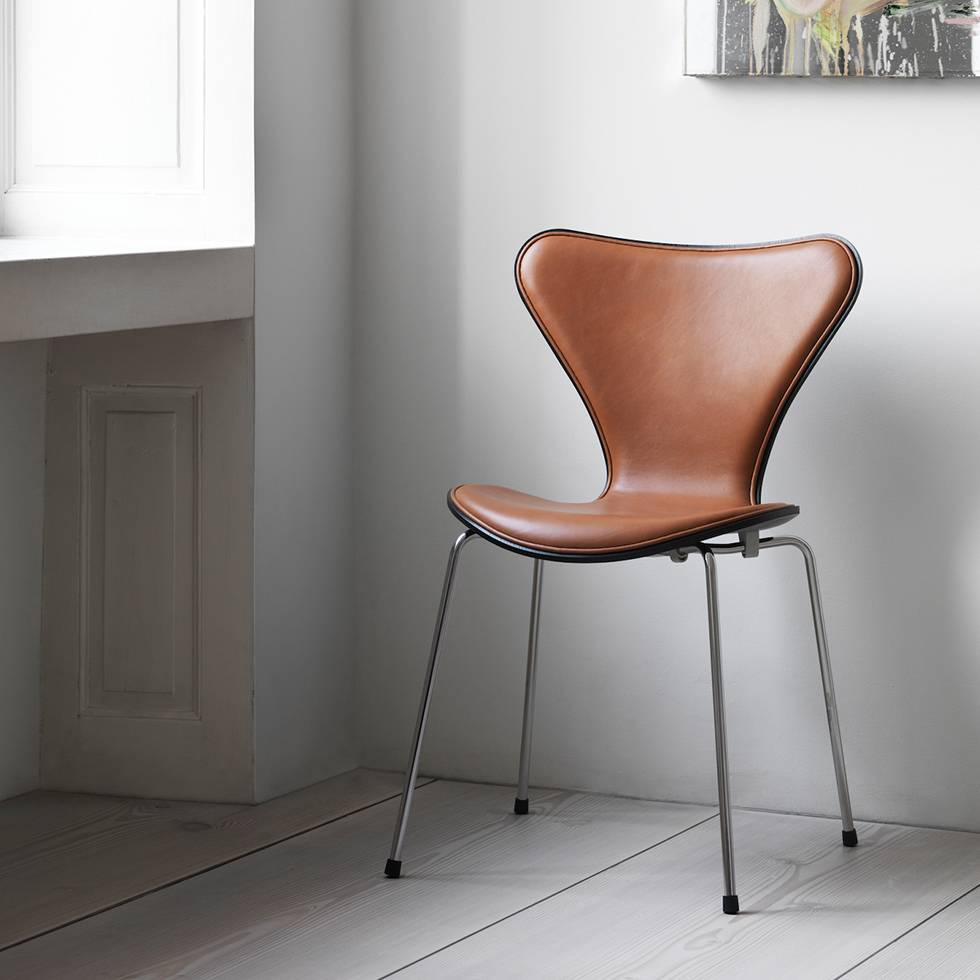 fritz hansen fritz hansen series 7 3107 front. Black Bedroom Furniture Sets. Home Design Ideas