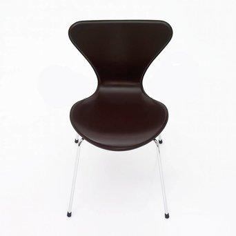 Fritz Hansen Fritz Hansen Series 7 | 3107 | Full upholstery