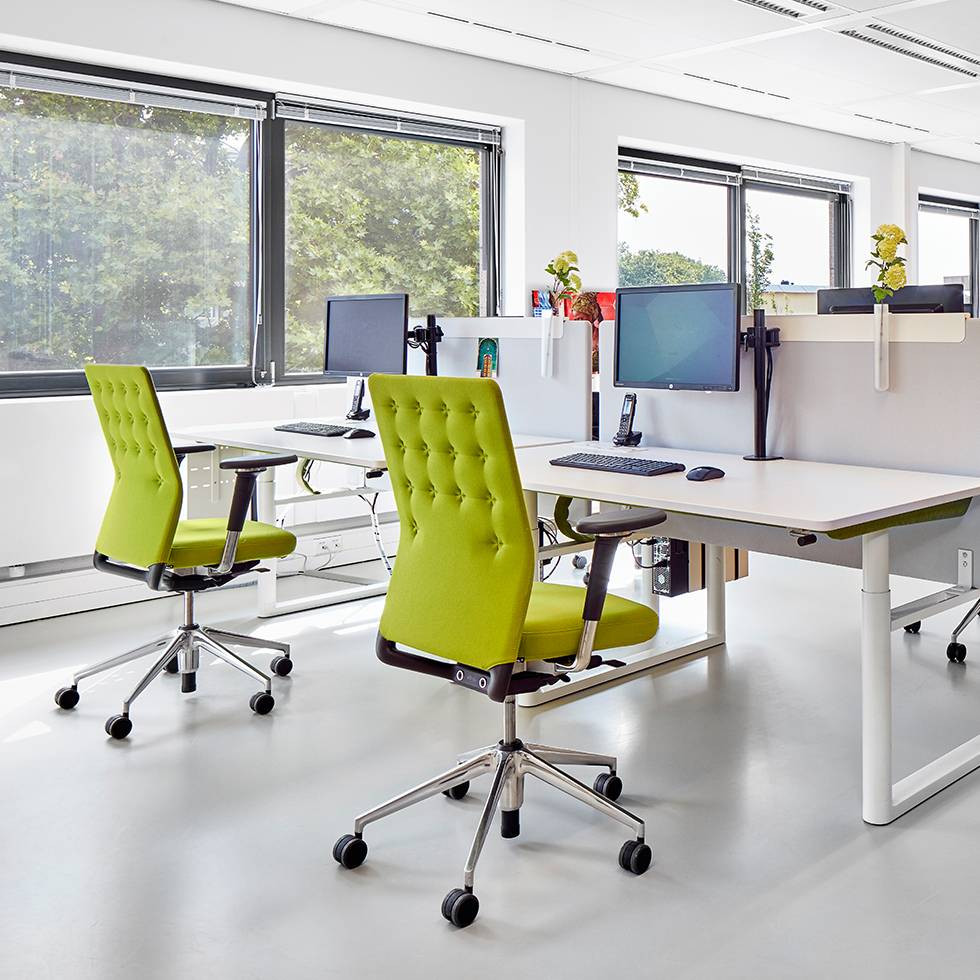 Vitra vitra id trim workbrands for Chaise vitra bureau