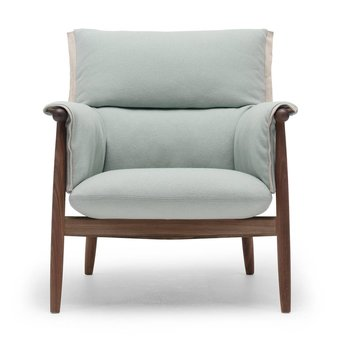 Carl Hansen & Son Carl Hansen & Son E015 | Embrace Lounge Chair