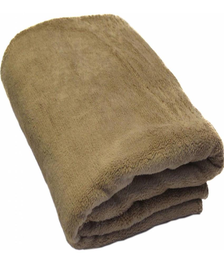 Fleece Plaid met extra zak 127 x 152 cm Beige
