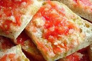 Pan con Tomato
