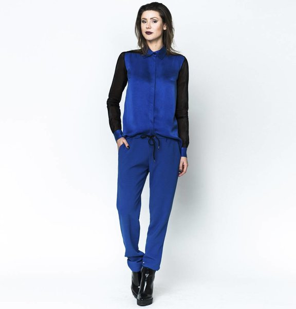 This is Lily Jogger Blue