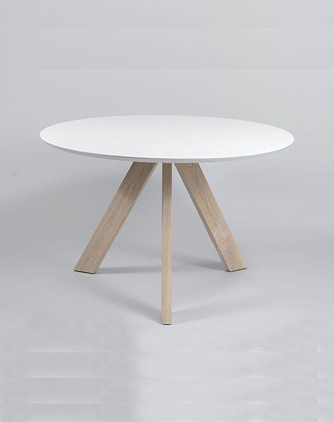 Duverger Pure Scandinavian - Eettafel - rond - wit - MDF blad - eiken poten - Dia120cm x H76cm