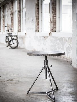 Duverger Ruf Grey Industry - Bijzettafel - mangohout-  rond - ÌÎÌ_ÌỊ̴̂å¬ÌÎå´ÌÎÌ_ÌÎ̴̏åÌÎÌ¥ 50 cm - metalen 3-potig onderstel