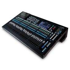 Allen & Heath QU-32 digitale mixer