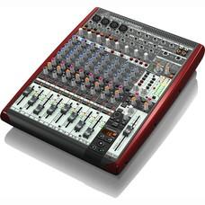 Behringer Xenyx UFX1204 PA en studio mixer