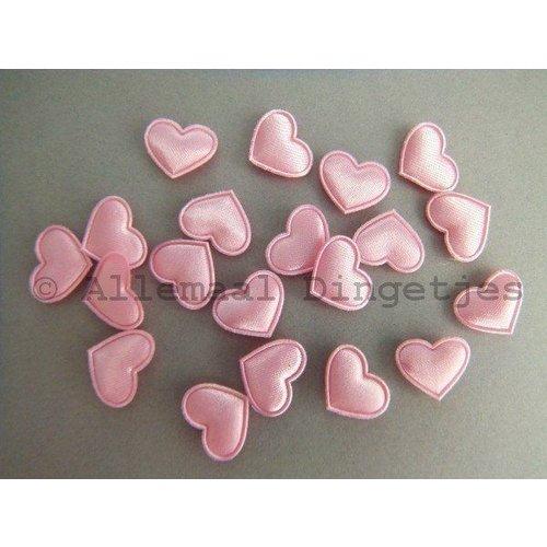 Hart applicatie klein satijn 13x17mm roze (20 st)