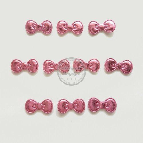Strikjes applicaties roze glans 11x22mm (10 stuks)