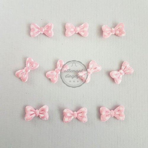 Strikjes applicaties satijn stip roze 8x15mm (10 stuks)