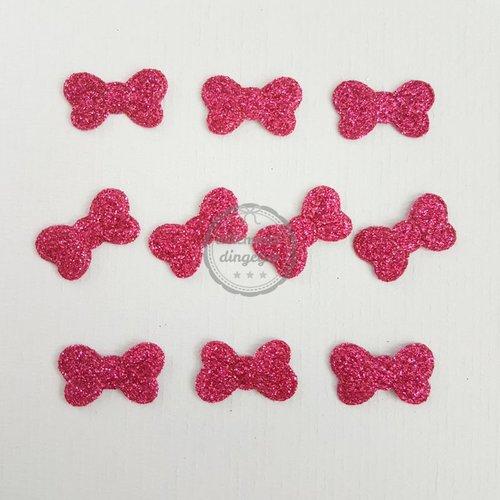 Strikjes applicaties glitter magenta 13x17mm (10 stuks)