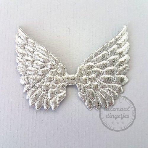 Vleugel angel wing applicatie zilverkleurig 45x60mm (per stuk)