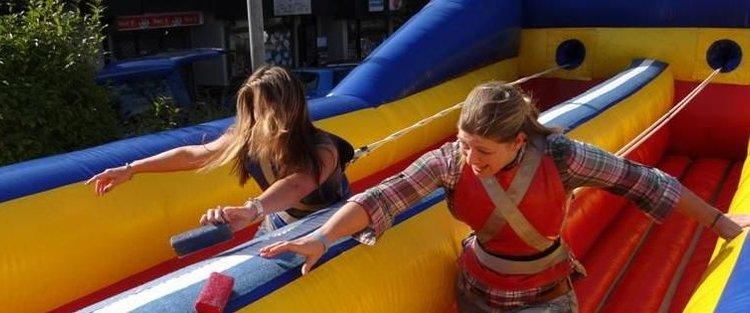 Bungee-Run, 10,6m x 3,3m, ein Spaß auf jedem Fest!