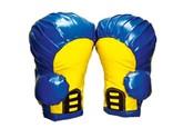 überdimensionale Boxhandschuhe