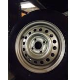 Kargotrail Compleet wiel 145R13 band + velg (steek 4x100, naafgat 57) 437kg Naafdiameter 57 mm