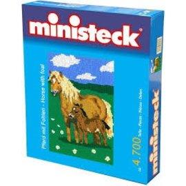 Ministeck Paard met veulen 3500 St.