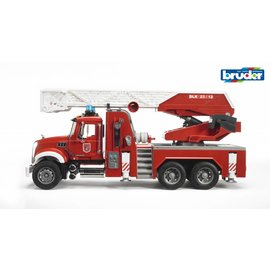 Bruder BF2821 - Mack brandweer ladderwagen met waterpomp