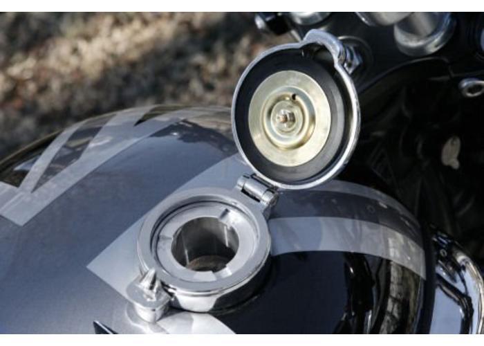 """2.5"""" Monza Adapter + Tankdeckel Triumph Bonneville, Thruxton und Scrambler"""