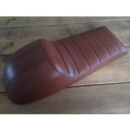 Cafe Racer Seat Tuck 'N Roll Stitch Chocolat Type 76