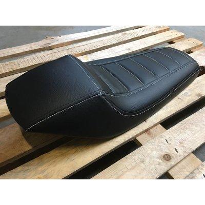 C.Racer Selle noire entièrement rembourrée Tracker 105