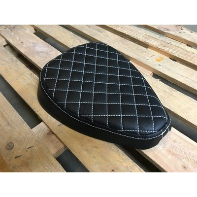 Bobber Sitzbank Diamond Black 1