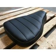 Bobber Big Tuck 'N Roll Black Seat 5