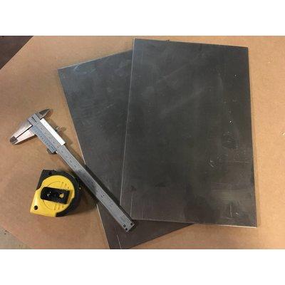 MCU Stahlplatte 200x300x3MM
