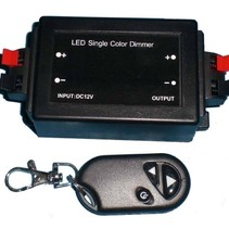 Dimmer für einfarbige LED-Streifen mit Fernbedienung 96 Watt
