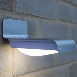 Geeek LED Solar Garden Light with Motion Sensor