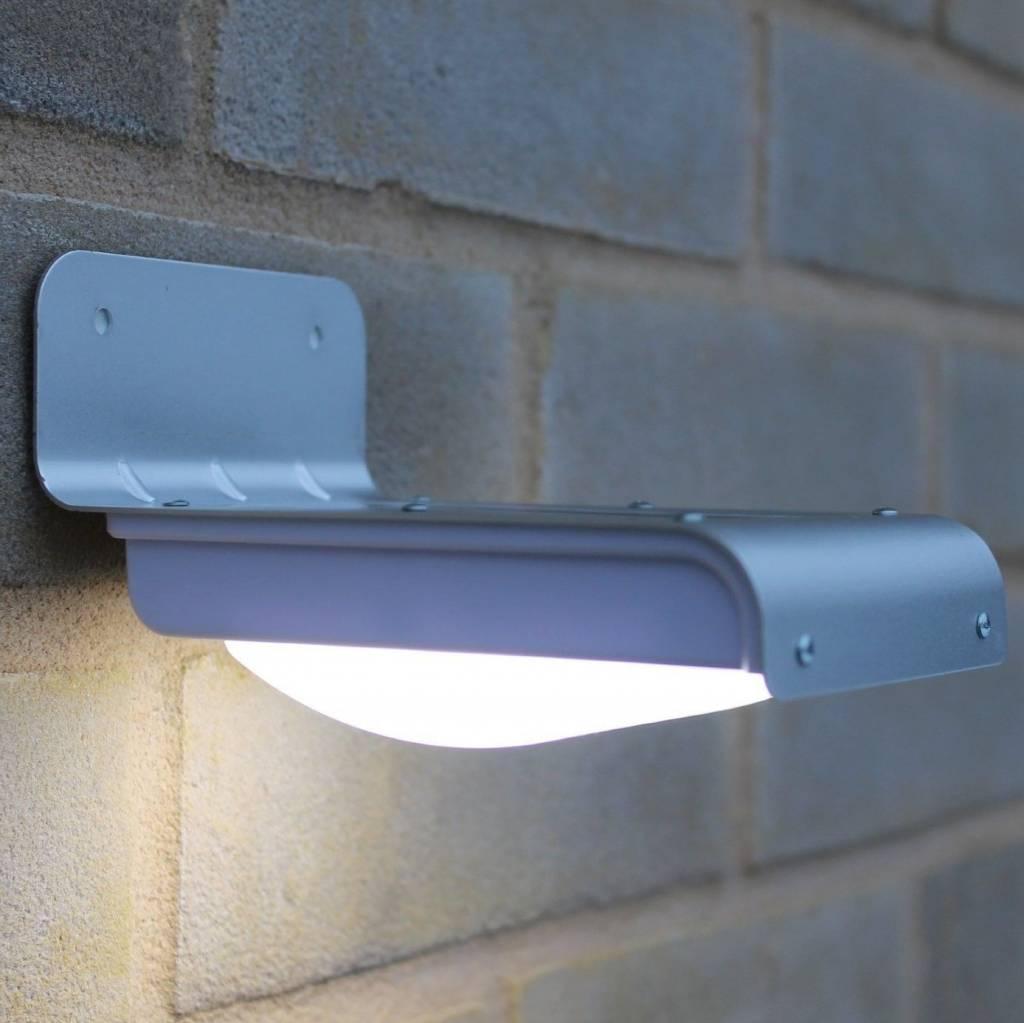 solar powered motion sensing outdoor light outdoor lighting