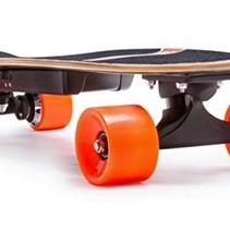 Elektrisches Skateboard mit Fernbedienung