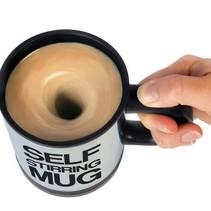 Koffie mok met mixer - Zelfroerende Mok