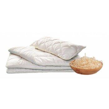 Exquisite Bettwaren aus Bio Baumwolle gefüllt mit Zirbenflocken und Merino-Schurwolle