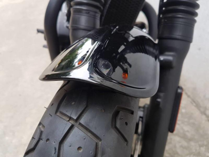 Motone Front Fender in molded ABS for Triumph Twins